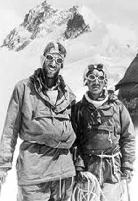 A Tribute to Sir Edmund Hillary: The Race for Everest